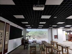 博诚盛源多媒体互动展示技术打造承德某中学校史馆数字化进程