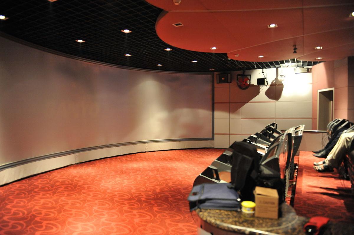 特效影院, 博诚盛源团队大量考察与设计探讨,研发出独特 4d影院建造